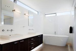 desain kamar mandi 300x200 25+ Kamar Mandi Minimalis Untuk Rumah Mewah