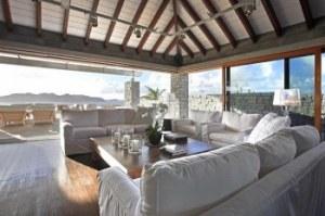 gambar ruang tamu minimalis mewah 7 300x199 20 Desain Ruang Tamu Minimalis Untuk Rumah Mewah