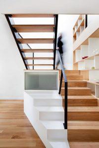 Contoh Rumah Minimalis8 200x300 25+ Desain Tangga Untuk Interior Rumah Minimalis