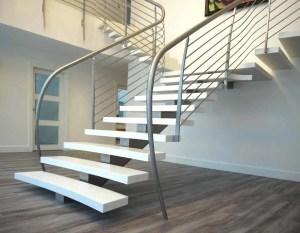 Desain Tangga Y 300x233 25+ Desain Tangga Untuk Interior Rumah Minimalis