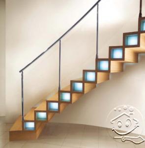 desain tangga kayu modern oleh marretti 295x300 25+ Desain Tangga Untuk Interior Rumah Minimalis