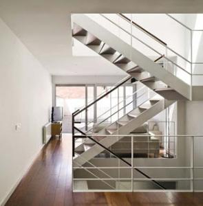 desain tangga minimalis 295x300 25+ Desain Tangga Untuk Interior Rumah Minimalis