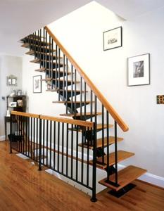 railing tangga 4 1 233x300 25+ Desain Tangga Untuk Interior Rumah Minimalis