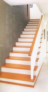 tangga rumah solusi rancangan cermat daukhan arsitekcom 300x575 156x300 25+ Desain Tangga Untuk Interior Rumah Minimalis